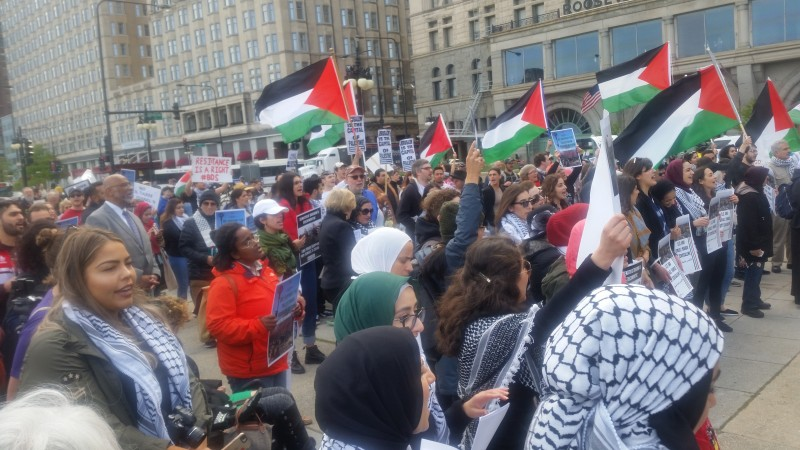 Palestinians ask ICC to investigate Israel