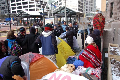 Minneapolis police remove occupiers and take tents at City Hall too