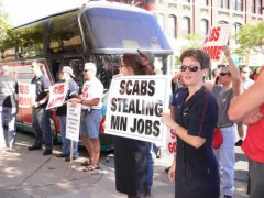 "Sign: ""Scabs stealing MN jobs"""