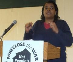 Leslie Parks speaking at MLK weekend protest