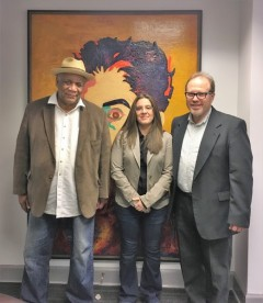 Maria Rincon, Consul General of the Bolivarian Republic of Venezuela (center)