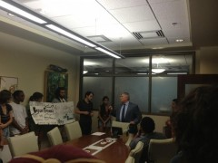 FSU students confront President Barron.