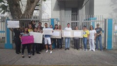 Protest demanding reopening of Escuela Bilingüe Padre Rufo in Santurce, PR