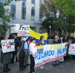 Protest in front of Washington DC courthouse during trial of Ricardo Palmera.