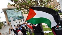 Grand Rapid rally in solidarity with Palestine.