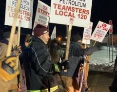 Members of Teamster Local 120 on the picket line.