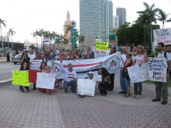 Miami protest against a U.S. military attack on Syria.
