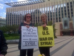Minneapolis protesters demand U.S. end wars on Iraq and Syria.