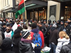 Shutdown of store on Magnificent Mile protest police crimes