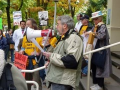 Peter Shapiro speaking at a October 15 rally for health care.