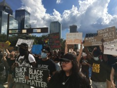 Tampa demonstration demands dropping all charges against all protesters.