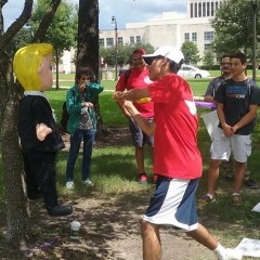 Students at University of Houston smash Trump piñata