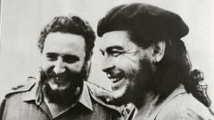 Black and white photograph of Fidel Castro with Che Guevara.
