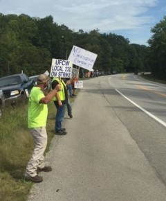 Workers on picket line in Kentucky.