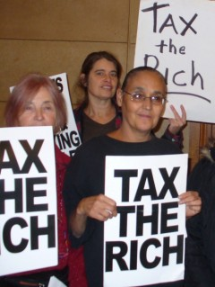 """Tax the rich"" protest in Minnesota."
