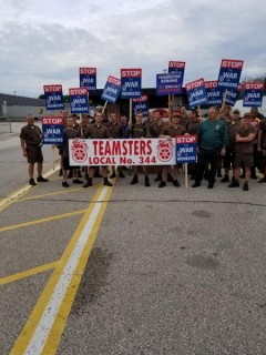 Members of Teamsters Local 344 rally for decent contract.