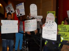 Members of the Welfare Rights Committee protesting Governor Dayton's State of th