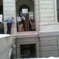 Capitol Security tries to stop demo outside Gov. Dayton's office window