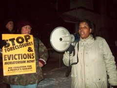 Linden Gawboy (left) of MN Coalition for a People's Bailout with Leslie Parks