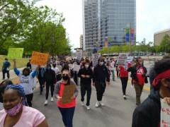 Dallas march against police crimes.