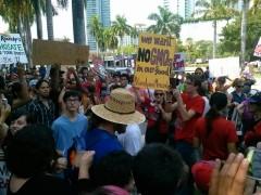 Miami marches against Monsanto.