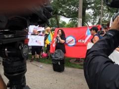 Jazmine Salas speaks at Chicago protest demands resignation of Puerto Rico's gov