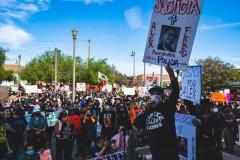 LA protest against police crimes.