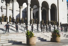 National Guard and cops on LA City Hall steps.