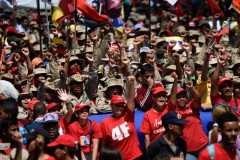 Tens of thousands rally in defense of Maduro following the attempt on his life.