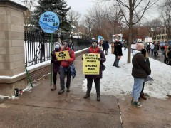Protest at Governor's mansion against Line 3.