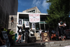 Protesters gather to block Civil District Court, leave furniture, and drop a ban