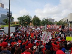 UTLA strikers rally.