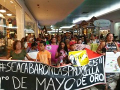 Teachers rally in preparation for May 1 strike in Puerto Rico.