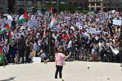 Massive march for Palestine held in Chicago.