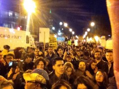 Chicago students shut down Trump campaign event