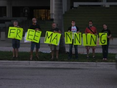 Fort Lauderdale protest against Manning sentence.