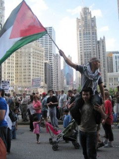 Thousands protest Israeli war crimes in Chicago