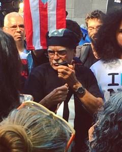 Former political prisoner Oscar Lopez speaking at NYC protest