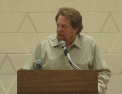 Richard Berg, Teamsters Local 743, speaking at a conference.