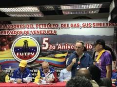 Tom Burke, FRSO Organization Secretary speaking to trade unionists in Venezuela