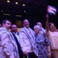 Cuban 5 wear keffiyehs received as gift from Salvadoran Palestinian community