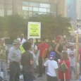 Protesters in heat and visible humidity in downtown Chicago